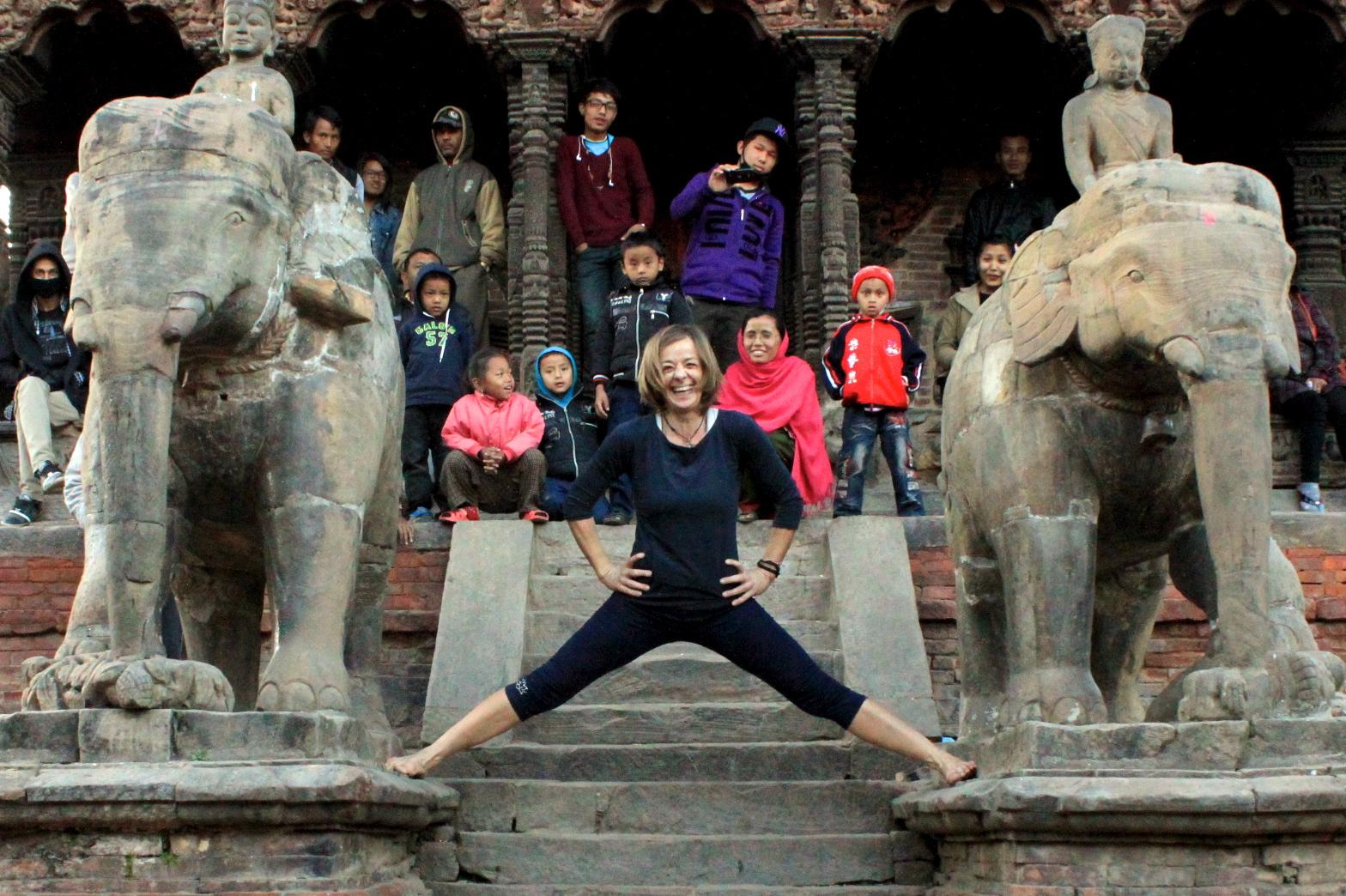 Yoga Bhaktapur. Nives